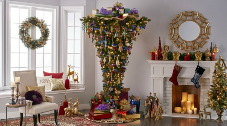 Themed_Christmas_Heaven_and_Earth_Regal_Renaissance_small-1024x569