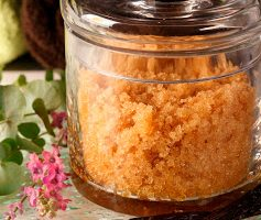 Kitchen Facials and DIY Sugar Scrub for Gifts