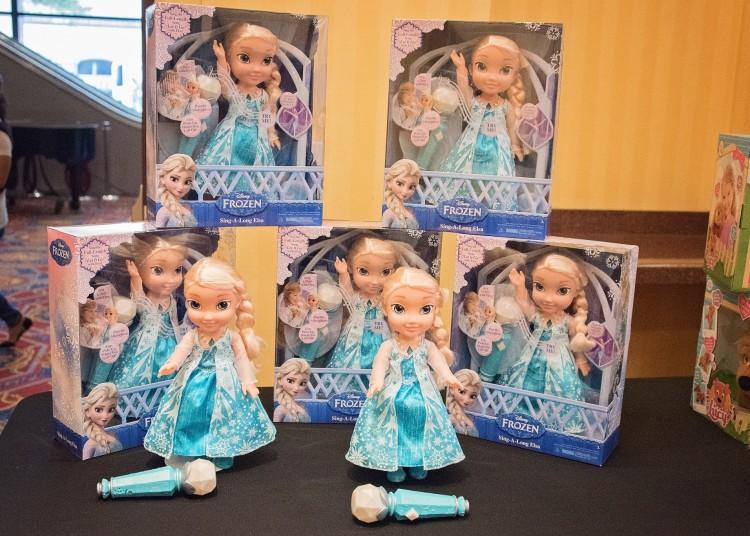 Frozen Sing-Along Elsa