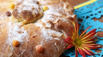 Dia de los Muertos: Rainbow Pan de Muertos (Day of the Day Bread)