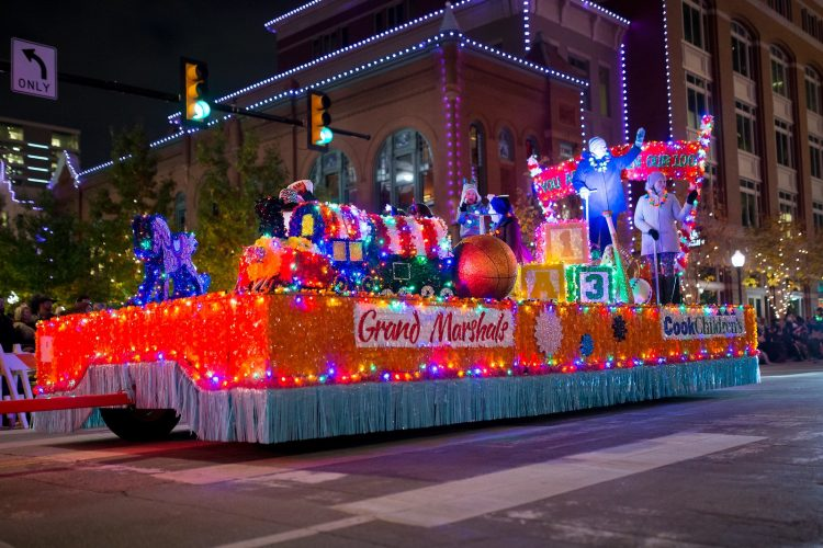 Holiday FW Parade